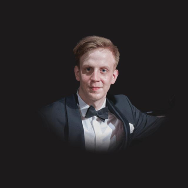 Tymoteusz Bies<br />pianist